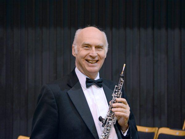 Edward Kay 횿