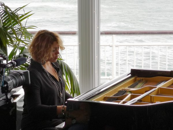 Gabriela Montero stuns crowd on Bournemouth Pier