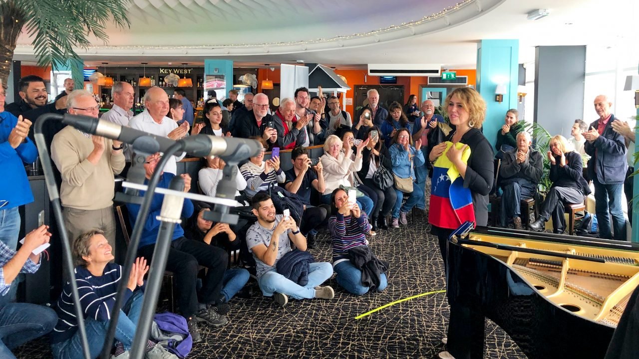 Star pianist storms Bournemouth