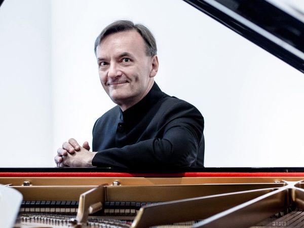 Hough plays Brahms